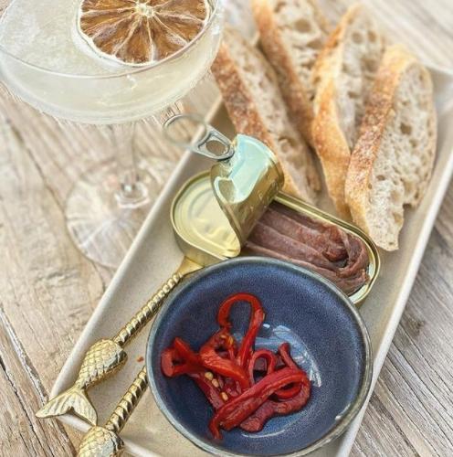 Destino Wine & Cocktail Bar Food